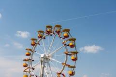 Gyckel parkerar Ferris Wheel Fotografering för Bildbyråer