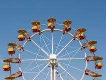 Gyckel parkerar Ferris Wheel Arkivbild
