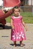 gyckel som har litet barn Royaltyfria Bilder