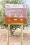 Gydo passerandetecken vid vägen i västra udde Sydafrika Arkivbilder