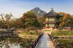 Gyeongbokgung slott i höst korea seoul Arkivfoto