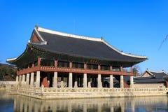 Gyeonghoeru-Pavillon in Gyeongbokgungs-Palast Stockbilder