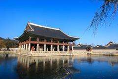 Gyeonghoeru-Pavillon in Gyeongbokgungs-Palast Stockfotos