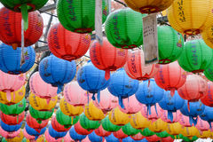 GYEONGJU, KOREA - 20. OKTOBER 2014: helle Lampen bei Bunhwangsa Stockfotografie