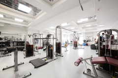 Gym z specjalnym wyposażeniem, pustym Fotografia Royalty Free