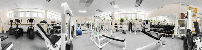 Gymnase européen moderne de sport sans personnes Photos stock