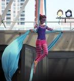 Gymnast-katt på repet Arkivbilder