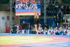 Gymnaste sur le tapis Photos libres de droits