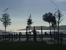 Gymnastiek op de overzeese van Marmara kust Royalty-vrije Stock Afbeelding