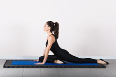Gymnastiek pilates royalty-vrije stock afbeelding