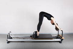Gymnastiek pilates Stock Afbeelding