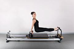 gymnastikpilates royaltyfria foton