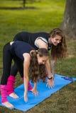 Gymnastique active ensemble Style de vie sain Photo stock