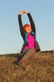 Gymnastique de matin de femme sportive pour la course Photo stock