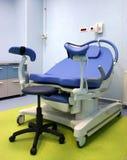 Gynäkologischer Stuhl Stockbild