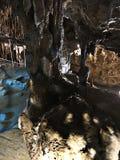 Gyokusendo洞钟乳石和石笋在日本 图库摄影