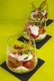Gyros z pomidorem i sałatką obraz stock