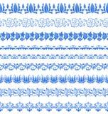 在gzhel样式的集合花卉华丽网眼图案样式您的设计的 免版税库存图片