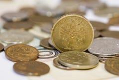 Algumas moedas do rublo Fotos de Stock