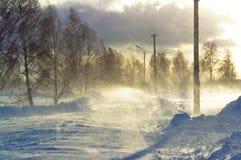 Häftig snöstorm på vägen Arkivfoto