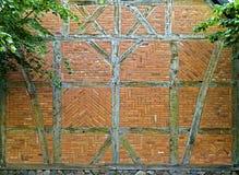 hälft timrad vägg Arkivbild
