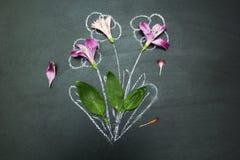 Hälfte malte einen Blumenstrauß auf einem schwarzen Hintergrund lizenzfreie abbildung