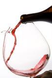 hällande wine för karaff Arkivbilder