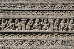 Hällristningtexturbakgrund av den Ajanta grottan i Aurangabad, Indien Arkivbild