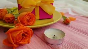 Hälsning för ultrarapid för gåva för platta för födelsedag för brand för stearinljus för begrepp för dag för datummärkning för bl stock video