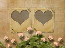 Hälsningkort till St-valentin dag med rosor och glidbanor Arkivfoton