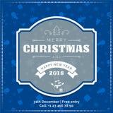 Hälsningkortet för glad jul och för det lyckliga nya året, affischen, baner på blåa snöflingor mönstrar bakgrund Fotografering för Bildbyråer