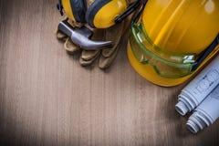 Hämmern Sie Schutzhandschuh-Schutzhelm earm der Sicherheitsglas-Pläne Stockfotos
