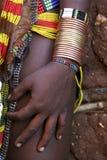 Hände der äthiopischen Frauen stockfotografie
