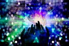Hände der Leuchte Lizenzfreies Stockfoto