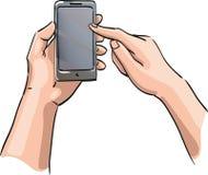 Hände, die das Telefon mit einem leeren Bildschirm halten Lizenzfreies Stockbild