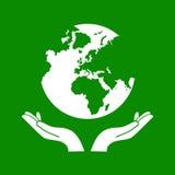 Hände, die den grüne Erdkugel-Vektor halten Stockbild