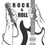 Hände, die ein Mikrofon und eine Gitarre halten Schwarzweiss-Weinleseillustration stock abbildung