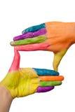 Hände, die Fingerfeld bilden lizenzfreie stockfotos
