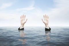 Hände, die Rettung suchen Lizenzfreies Stockfoto