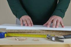 Hände, Elemente und Werkzeuge stockfoto