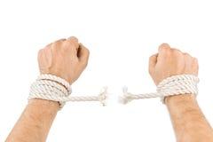 Hände und brechen Seil lizenzfreie stockbilder