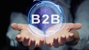 Hände zeigen rundes Hologramm B2B stock video