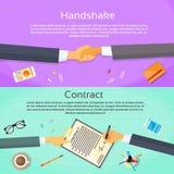 Händedruck-Geschäftsmann-Contract Sign Up-Papier Stockfoto