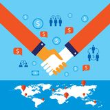 Händedruck und Ikonen für Netz auf erfolgreichem Geschäftskonzept des Weltkartehintergrundes Lizenzfreie Stockbilder