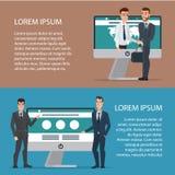 Händedruck von zwei Geschäftsleuten mit Laptop Auf Linie Abkommen vektor abbildung