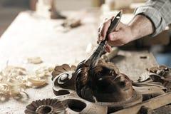 Händer av en hantverkare Royaltyfri Fotografi
