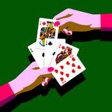 Händer för kvinna` s med att spela kort fläktar Arkivfoton
