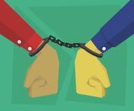 Händer handfängslade lagbrytare med polisen Royaltyfri Fotografi