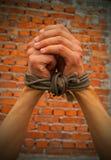 händer rope bundet upp Royaltyfria Bilder