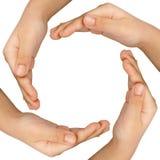 Händer som bildar en cirkel Fotografering för Bildbyråer